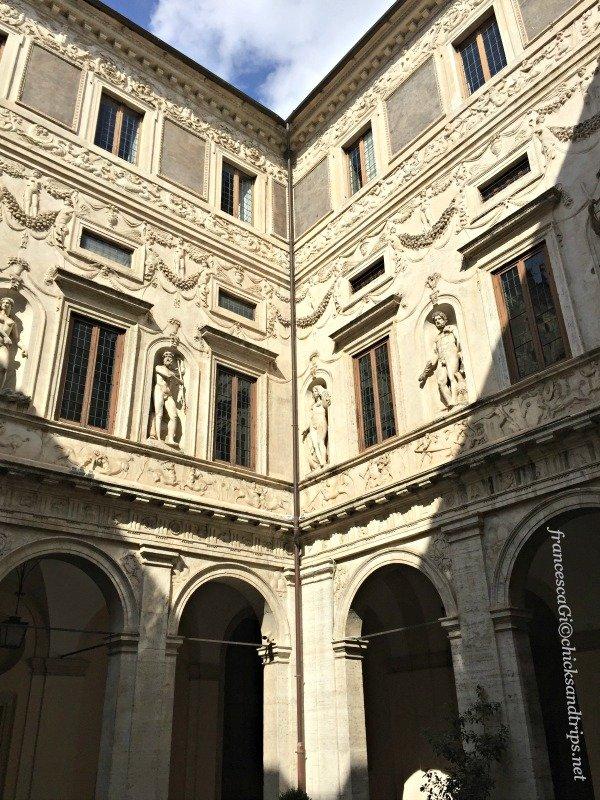 prospettiva borromini Palazzo Spada
