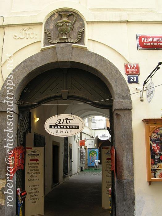 Portone di casa a Praga