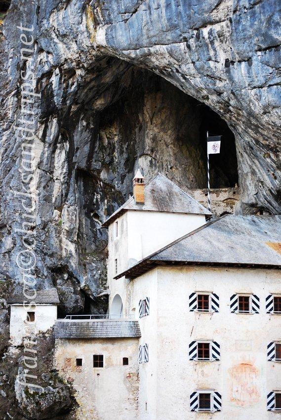 predjama castello grotte slovenia carso