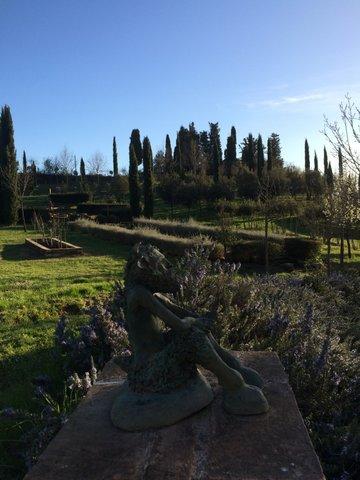 Il Bosco della Ragnaia a San Giovanni d'Asso: abbandonarsi alla fantasia
