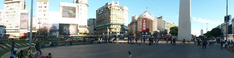 "A Buenos Aires hanno ""rubato"" la punta all'Obelisco"