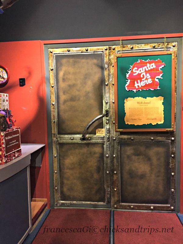 La porta dell'Ufficio di Babbo Natale