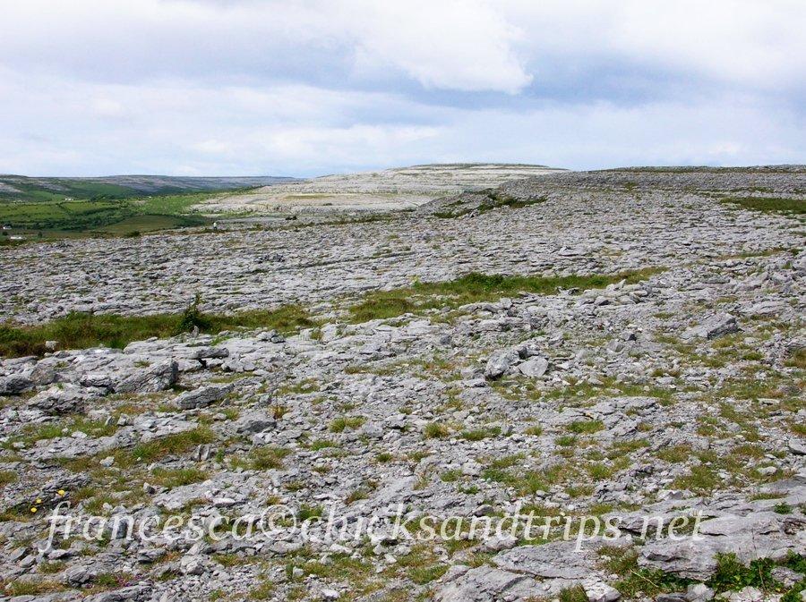 burren dolmen poulnabru