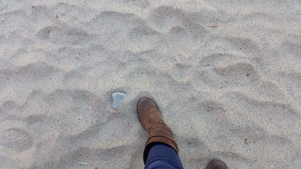 La spiaggia sabbiosa della Baia del silenzio