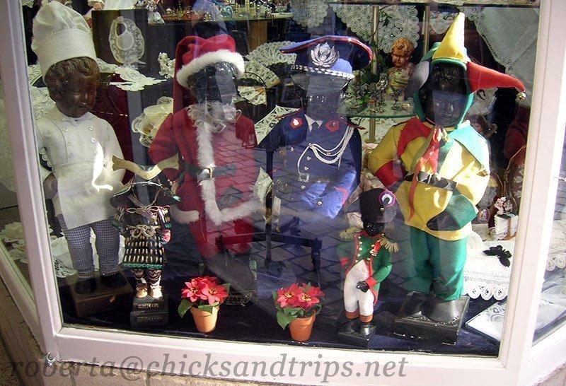 Vetrina negozio di souvenir a Bruxelles