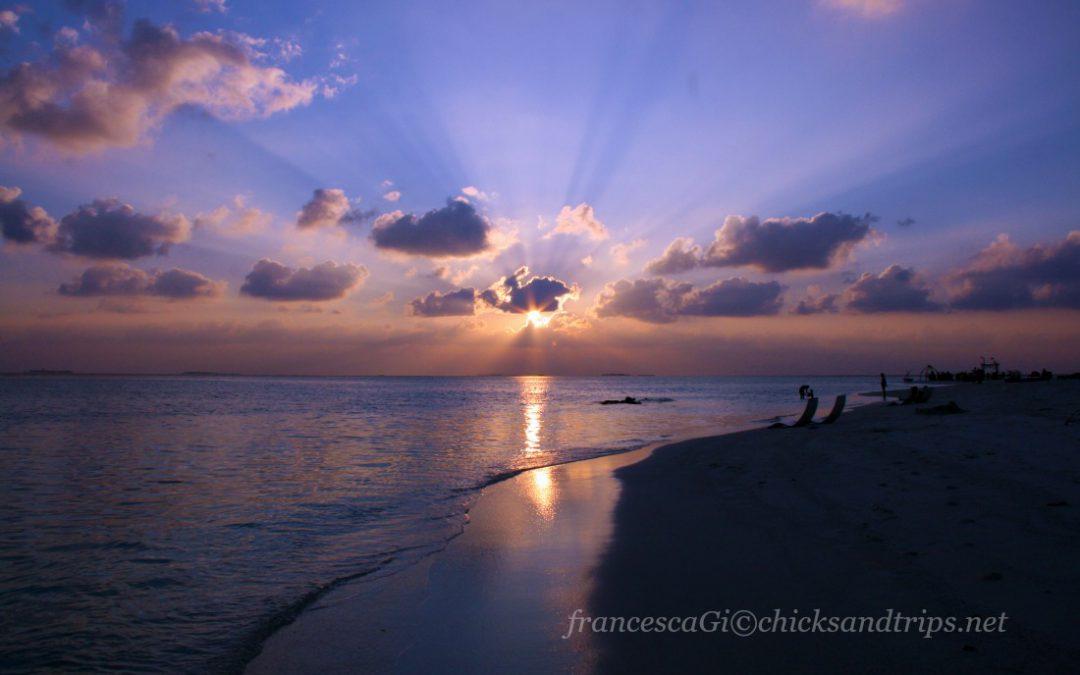 Maldive: tutte le sfumature del blu (e un incontro speciale)