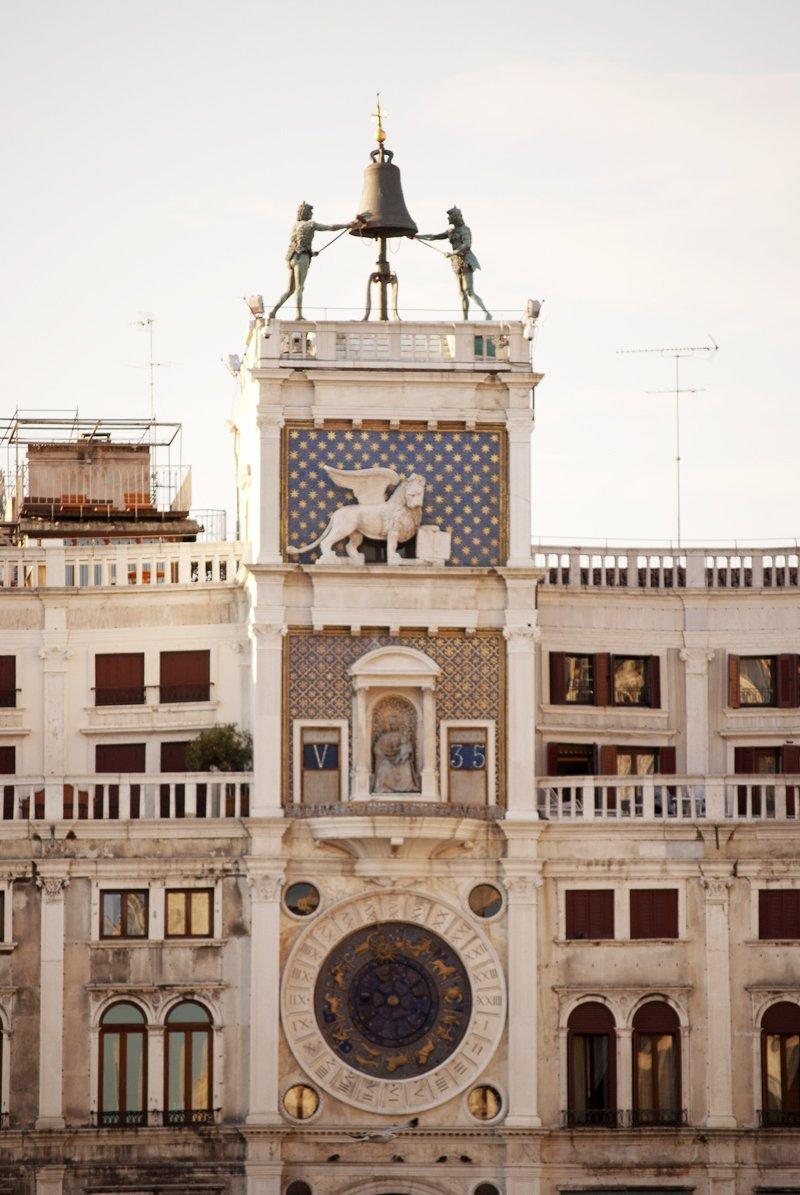 misteri di venezia colonne rosa