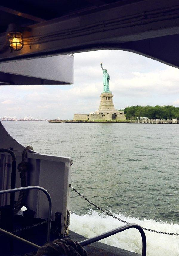 Statua della libertà ferry boat traghetto