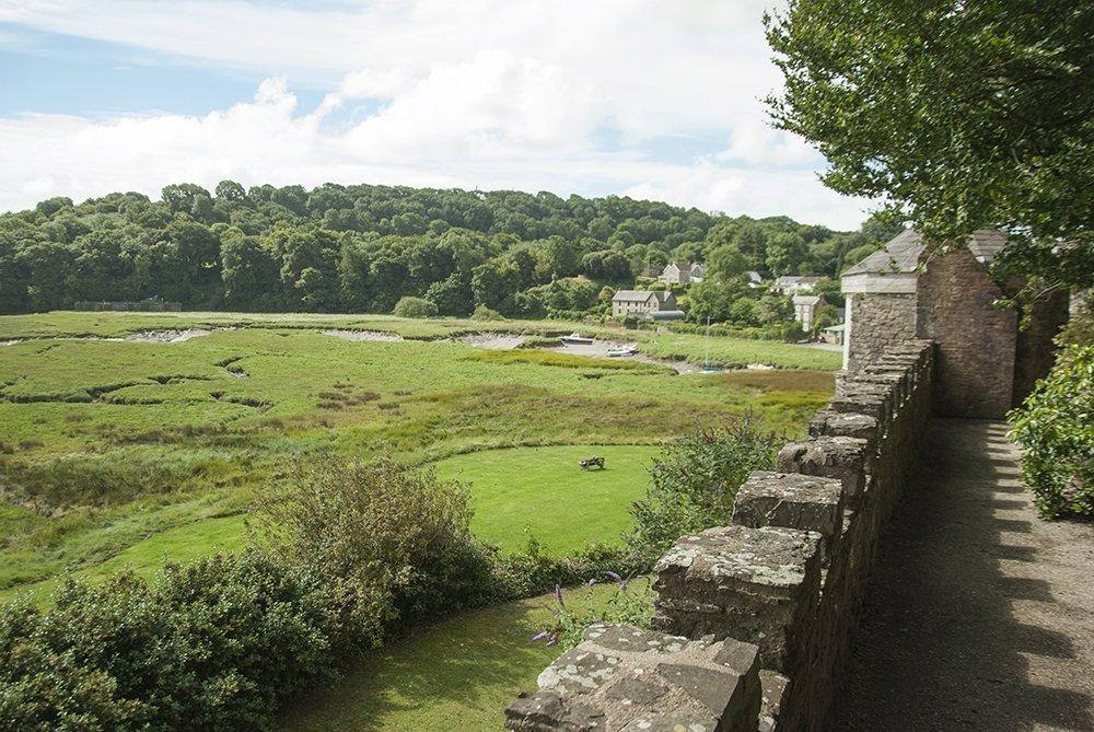 castelli galles laugharne