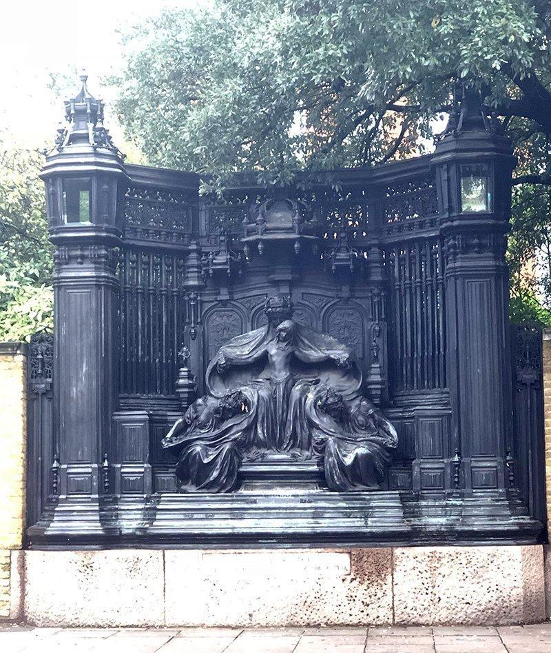 monumento regina alexandra londra
