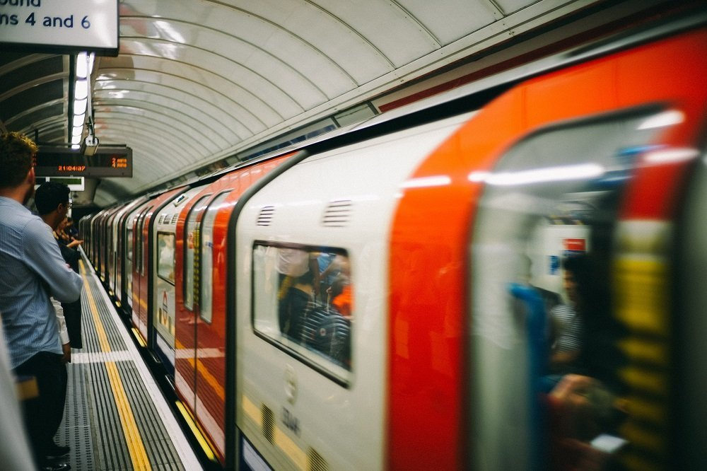 metro londra tube metropolitana