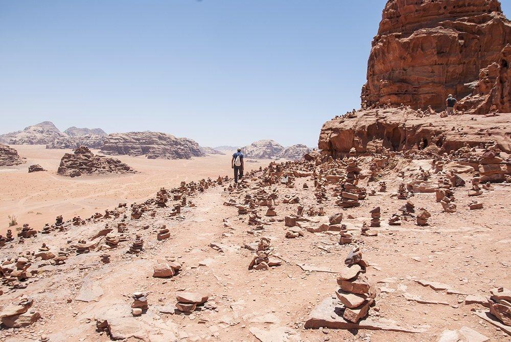 wadi rum deserto roccia