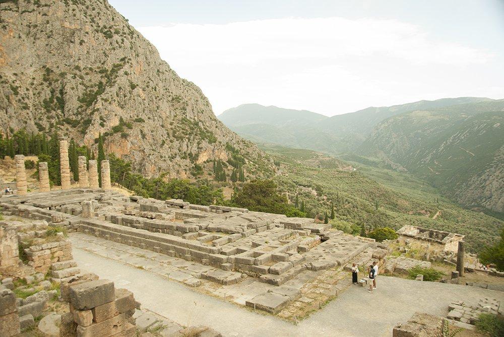 santuario di apollo delfi grecia