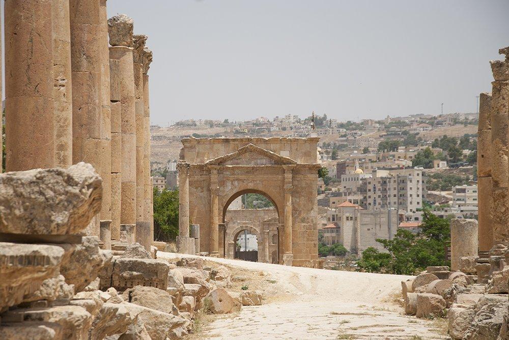 cardo maximo strada colonnata gerasa jerash giordania