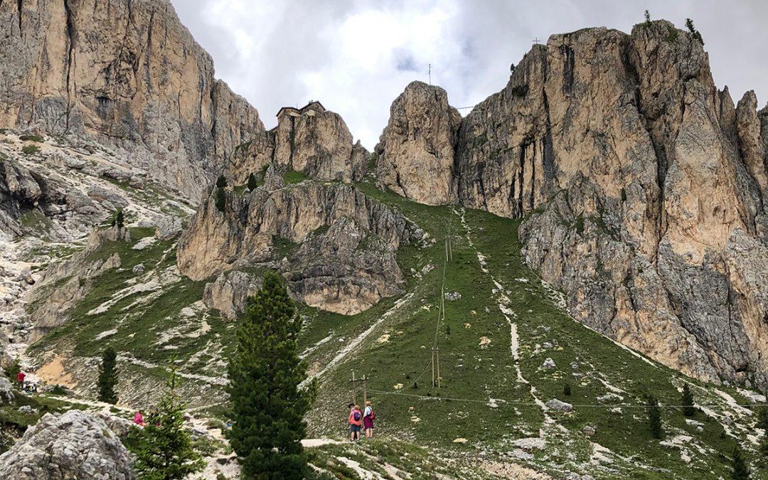 Trekking in Val di Fassa: escursione al Rifugio Vajolet