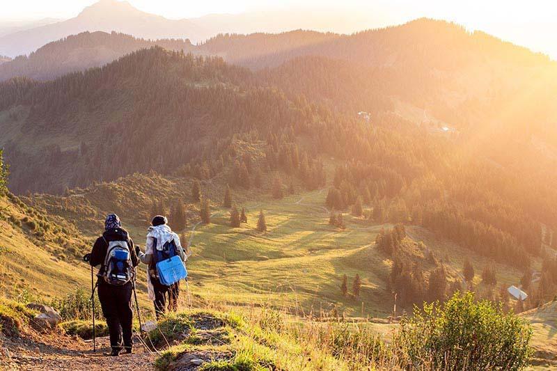 Vacanze in montagna: cosa mettere in valigia? Ecco gli indispensabili da portare